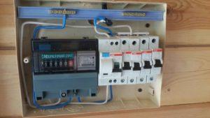 За чей счет должна проводиться замена счетчика электроэнергии