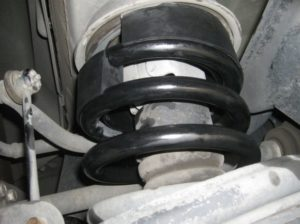 kak-mozhno-uvelichit-klirens-avtomobilya-svoimi-rukami (2)