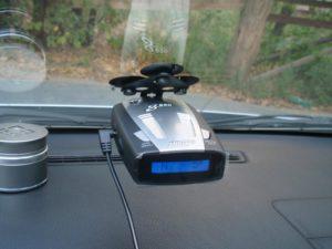 kak-pravilno-vybrat-radar-detektor-dlya-avtomobilya