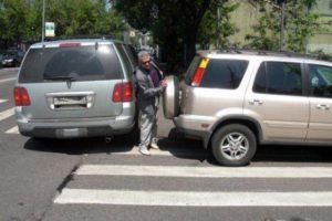 na-kakom-rasstoyanii-ot-perekrestka-mozhno-parkovatsya-v-rossii (2)
