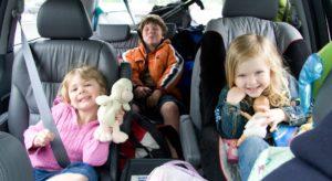 Основные правила перевозки детей авиатранспортом в 2020 году