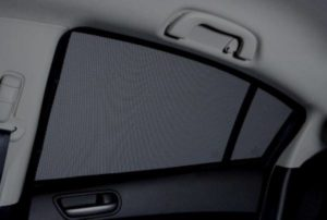 sun blind, rear side window, sedan